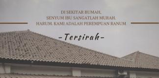 Gambar sebuah rumah dengan arsitektur Jawa kuno untuk mendukung suasana ebyektifikasi perempuan pada masa itu. Mempertegas perasaan tersirah.