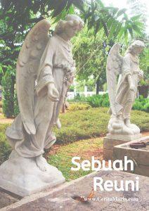 Statu malaikat yang terdapat pada tempat pemakaman Gie